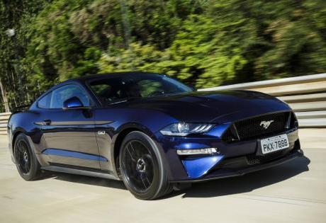 O Ford  Mustang já emplacou mais 500 unidades no Brasil