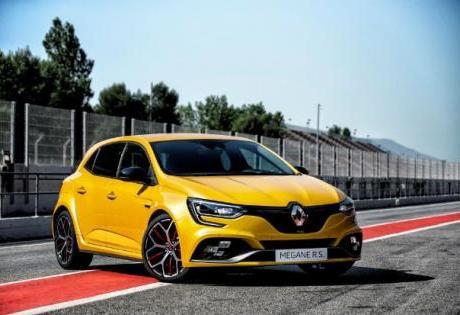 Renault Megane de 300cv é divulgado na Europa