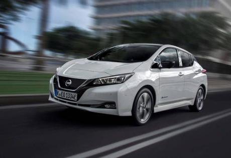 Pré-estreia do Nissan Leaf no Salão do Automóvel de São Paulo