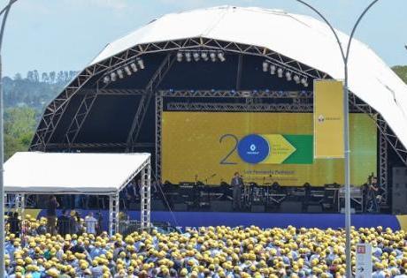 Renault Comemora 20 Anos do Complexo Ayrton Senna