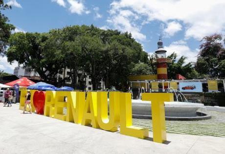 Em Comemoração dos 20 Anos da Fábrica no Brasil, Renault Patrocina Evento