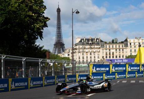 Nissan Conquista a Primeira Dobradinha do Grid em Paris