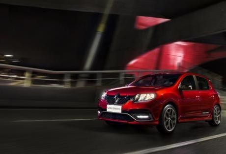 Renault Comemora Prêmio de Melhor Compra da Quatro Rodas em Três Categorias