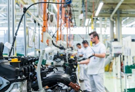 Comemoração de 1,5 milhão de motores E.Torq produzidos no Brasil pela Jeep e Fiat