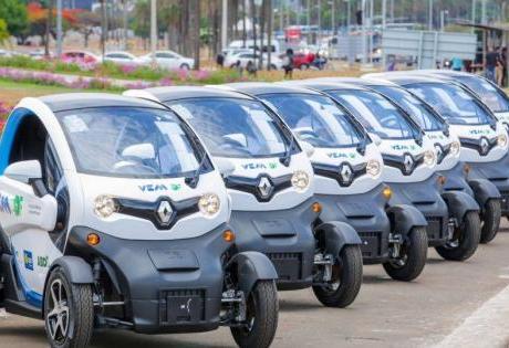 Carros elétricos da Renault ganham as ruas de Brasília