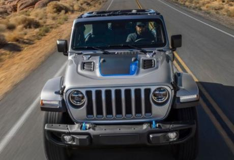 Jeep Wrangler elétrico  - antecipado por teaser
