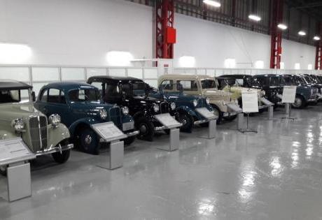 Mais de 80 anos da Nissan