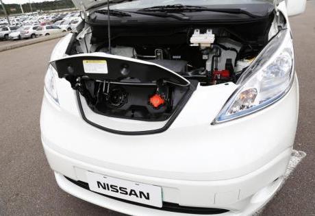 Nissan acelera projeto de carro elétrico