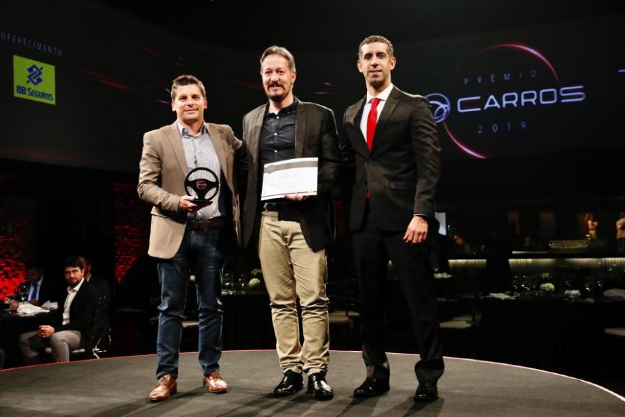 Prêmio de Melhor Veículo Elétrico da UOL Carros é Ganho Pelo Nissan Leaf