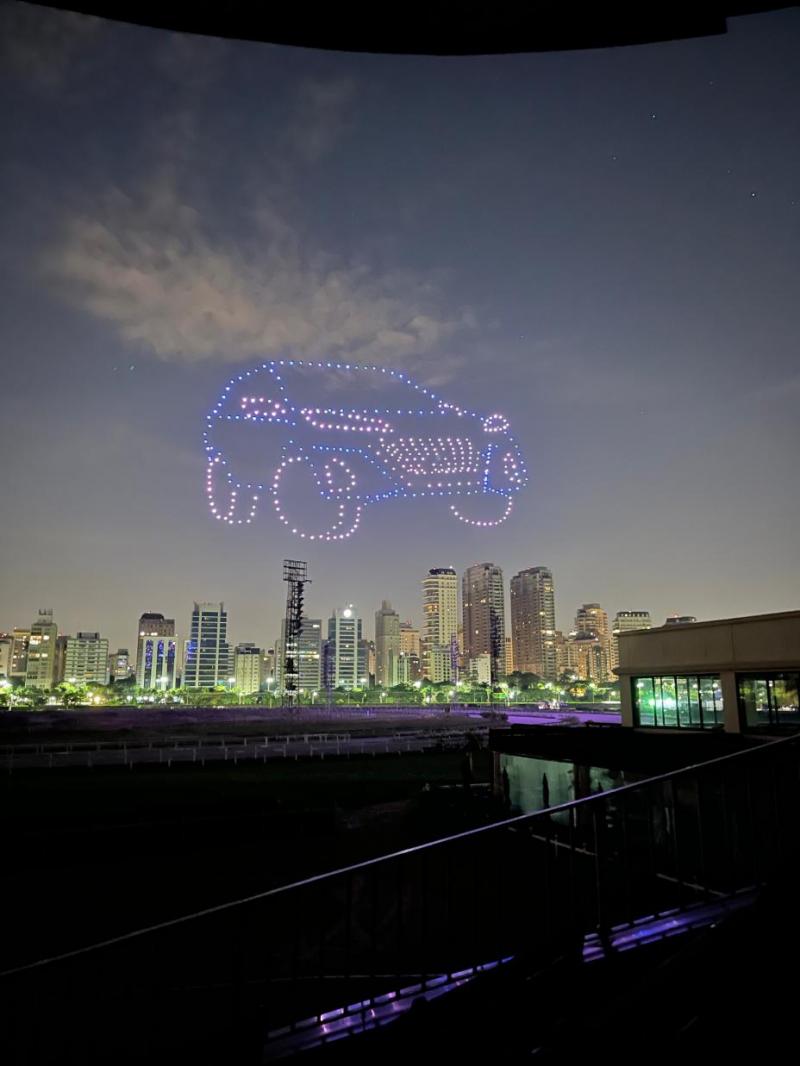 Os bastidores do show de drones que iluminou o céu para apresentar o Novo Kicks no Brasil