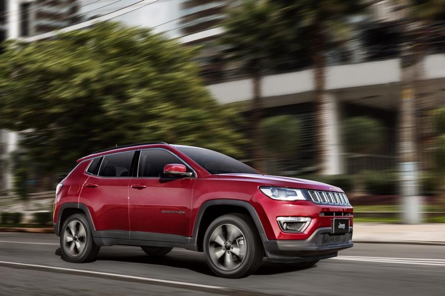 O SUV Jeep Compass explode nas buscas do Mercado Livre e sobe 295% em apenas um semestre