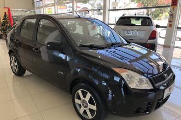 Fiesta Sedan 1.0 8V Flex