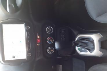 Renegade Sport 1.8 4x2 Flex 16V Aut.