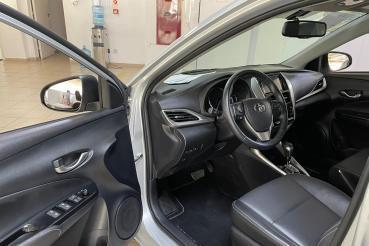 YARIS .5 16v Flex Sedan XS Multidrive