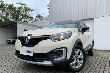 Captur Zen 1.6 SCe manual