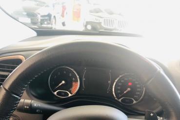 Renegade Longitude 1.8 Automático