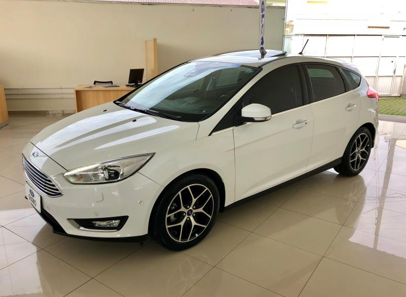 Novo Focus HATCH TITANIUM PLUS 2.0 AT